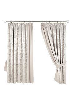 boston-pencil-pleat-curtains