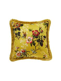 oasis-home-leighton-velvet-cushion