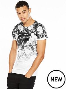 river-island-worldwide-floral-tshirt