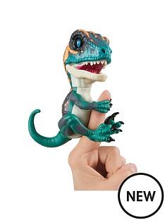 fingerlings-untamed-ndash-velociraptor-dino-ndash-razor-blue