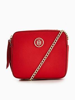 tommy-hilfiger-icon-camera-crossbody-bag-red