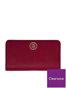 tommy-hilfiger-modern-tommy-purse-red