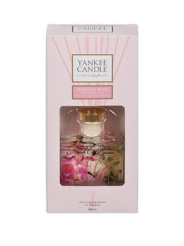 yankee-candle-signature-reed-diffuser-fresh-cut-roses