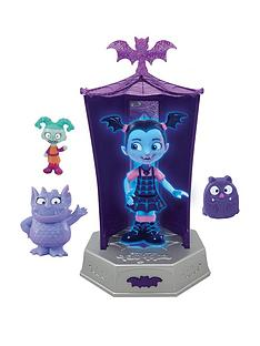 vampirina-glowtastic-friends-playset