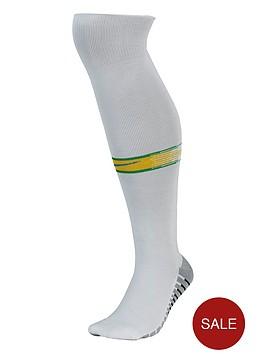 nike-brazil-youths-1819-home-socks