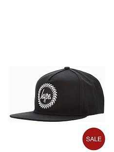 hype-black-crest-snapback-cap