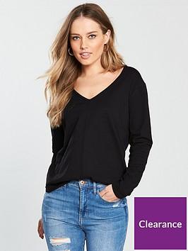 v-by-very-curved-hem-long-sleeve-top-black