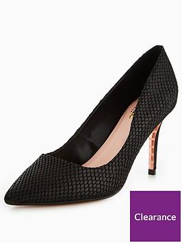 dune-london-aurroa-wide-fit-mid-heel-court-shoe