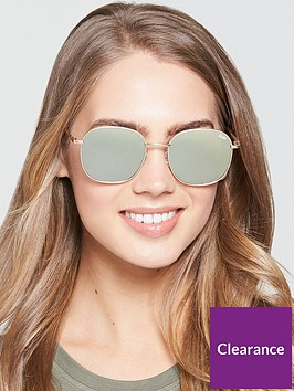 quay-australia-rounded-sunglasses-gold