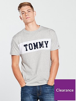 tommy-jeans-panel-logo-t-shirt--light-grey-heather
