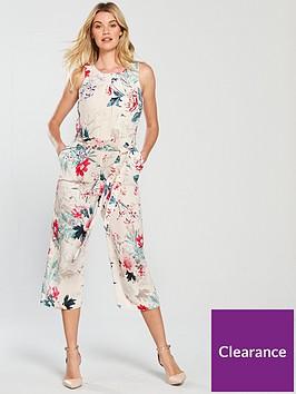 wallis-wonderland-floral-jumpsuit