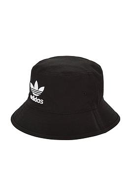 adidas Originals  Adidas Originals Bucket Hat