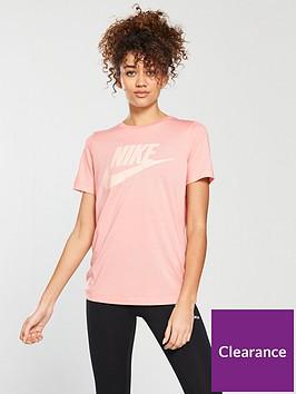 nike-sportswear-essentialnbsptee-coralnbsp