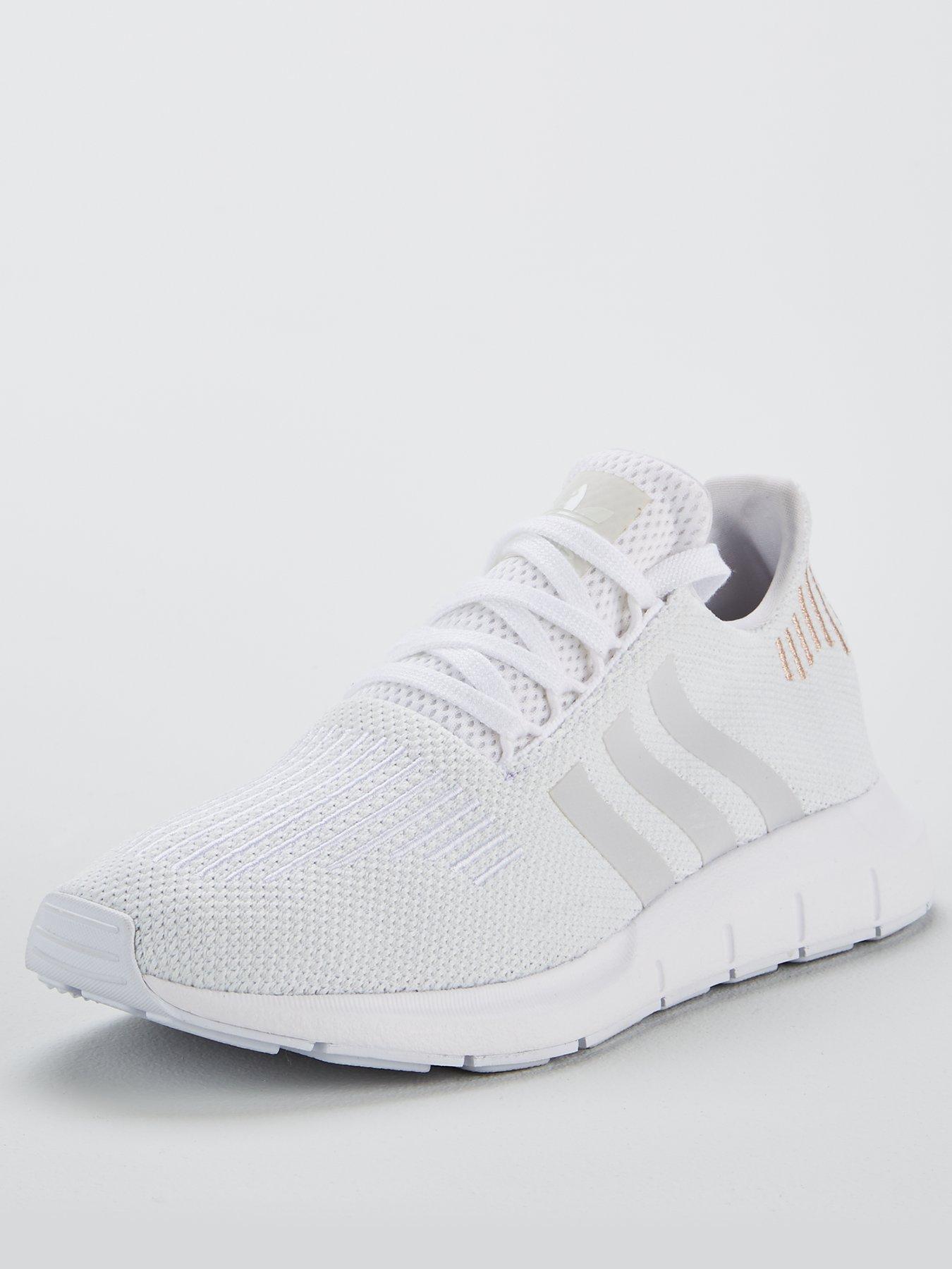 Adidas originali swift run formatori donne