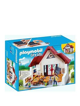 playmobil-schoolhouse