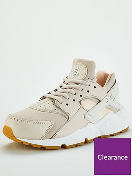 662a4d988f72 Nike Air Huarache Run - Sand