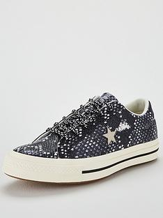 converse-one-star-leather-ox-black-animal-print