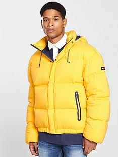 tommy-jeans-oversize-down-jacket