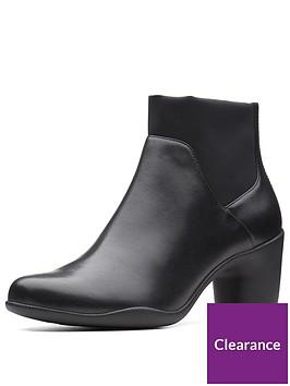 clarks-un-rosa-mid-ankle-boot-black
