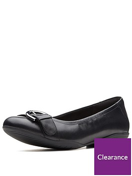clarks-wide-fit-neenah-lark-ballerina-black