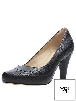 clarks-wide-fit-dalia-ruby-court-shoes-black