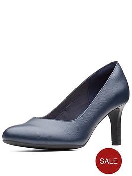 clarks-dancer-nolin-court-shoe-navy