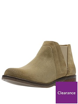 clarks-demi-beat-flat-ankle-boot-sand