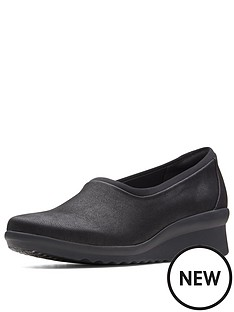 clarks-caddell-jaylin-low-wedge-slip-on-shoe-black