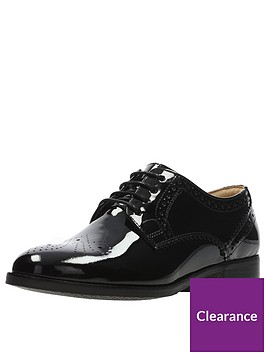 clarks-netley-rose-brogue-black-patent