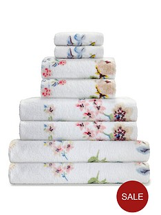 cath-kidston-scattered-pressed-flowers-8-piece-towel-bale