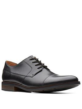 clarks-becken-wide-fit-plain-leather-lace-up-shoe-black-leather