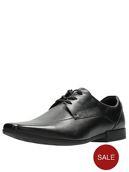 clarks-glement-over-leather-shoe