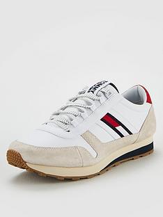 tommy-jeans-retro-runner