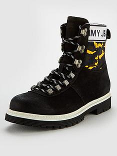 tommy-jeans-camo-hiking-boot
