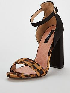 lost-ink-low-counter-block-heel-sandal-black