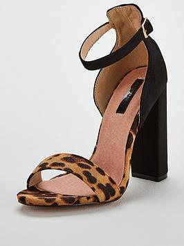 lost-ink-low-counter-block-heel-sandal-black
