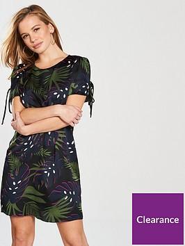v-by-very-petite-short-sleeve-tunic-dress-leaf-print