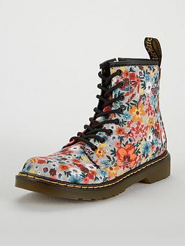 dr-martens-wanderflower-8-lace-boot
