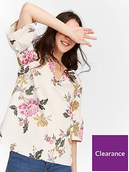 joules-v-neck-top-with-fluted-sleeves-cream