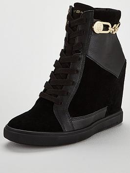 tommy-hilfiger-chain-wedge-ankle-trainers-black