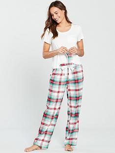 v-by-very-pyjama-and-eye-mask-gift-set-christmas-check