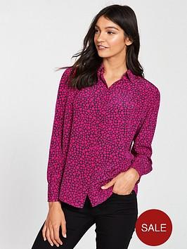 boss-casual-enriga-blouse-heart-print
