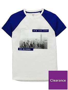 v-by-very-new-york-city-flock-detail-contrast-raglan-sleeve-t-shirt