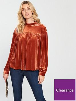 vero-moda-vala-high-neck-velvet-top