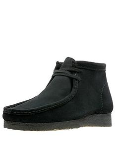 clarks-originals-suede-wallabee-boot