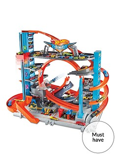 hot-wheels-hot-wheelsnbspcity-ultimate-garage-with-loops-and-shark-connectable-play-set
