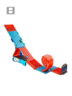 hot-wheels-track-builder-race-crate-connectable-track-set-with-loops
