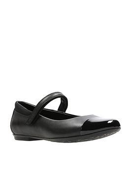 Clarks Clarks Tizz Talk Junior Shoes - Black Picture