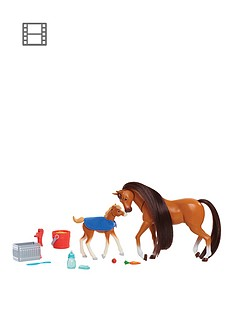 spirit-spirit-riding-free-ndash-feed-and-nuzzle-mother-and-foal-playset