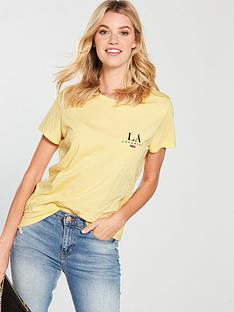 v-by-very-la-pocket-slogan-tshirt